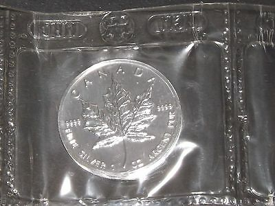 1995 maple leaf 1 oz Canada silver coin 9999 Canadian sealed from the mint