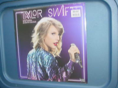 Taylor Swift  official 2017 Calendar 18 month Sealed