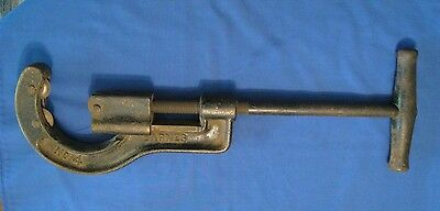 Vintage Barnes No 4 Heavy Cast Large Pipe Cutter
