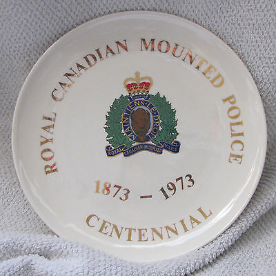 """Vintage 1973 """"ROYAL CANADIAN MOUNTED POLICE 1873-1973 CENTENNIAL"""" 8+ Inch Plate"""