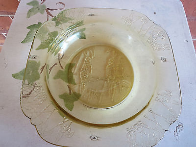 """Amber Depression Glass Parrot 7"""" Flat Soup Bowl Federal Glass Company"""
