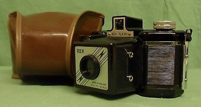 Vintage Rex Flash 120 Roll Film Bakelite Box Camera By Coronet With Case.