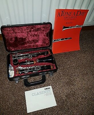 Yamaha Clarinet -ORIGINAL CASE- 26II - FREE BOOK - Excellent Condition 99P START