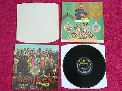 BEATLES 1967 UK 2nd PRESS SGT PEPPER  LABEL OMITS A DAY IN THE LIFE EXCELLENT+