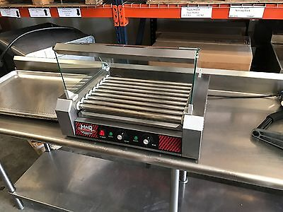 Great Northern Popcorn Top Dawg Commercial 7 Roller Hot Dog Machine with Cover