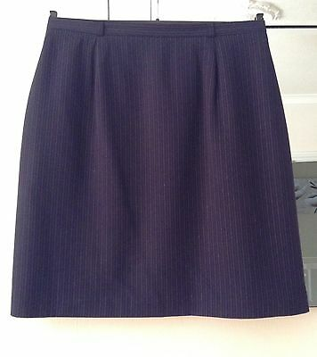 Ladies Navy  Lined Skirt Size 18 By George