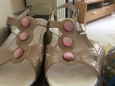 New Padders ladies sandals size 6.5