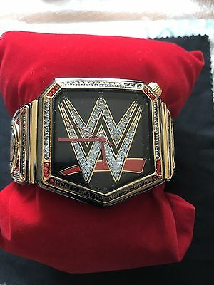 Official Wwe Wrestling Watch Bnib