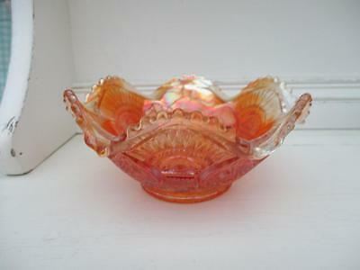 Very pretty CARNIVAL GLASS Fluted Dish or bowl - Amber - VGC