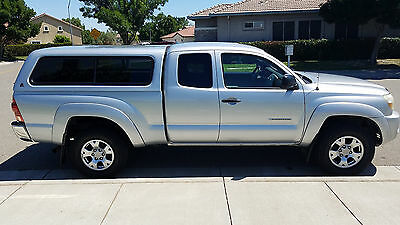 2005 Toyota Tacoma Prerunner 2005 Toyota Tacoma Prerunner Access Cab  - Single Owner!