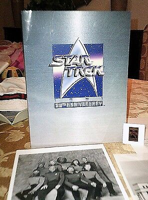 STAR TREK 25th ANNIVERSARY Deluxe Press Kit - -5 Original Photos -1991 - Mint