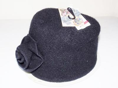 David & Young Women's Rosette Bucket Hat Black NWT One Size