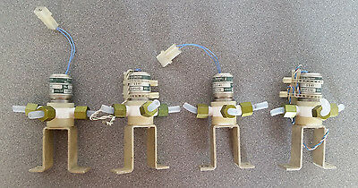 Lot x4 Thermo Electron Corp 5541 Solenoid Valves VAC-20PSIG 115 VDC