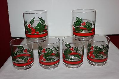 Vintage  Libbey  Christmas Holly Berry Glass Tumblers- Set of 6
