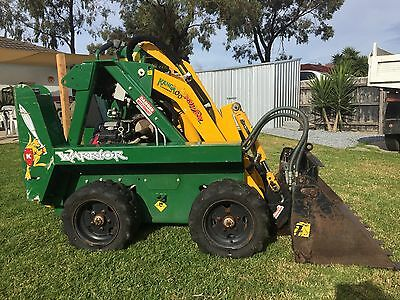 Kanga Warrior Mini Loader Low Hours With Custom Trailer & Attachment