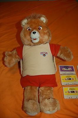 1985 Teddy Ruxpin Bear World of Wonder with 6 tapes & video of doll working