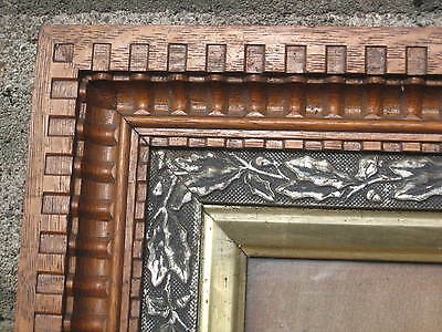 """1880s Victorian Aesthetic Eastlake Frame w/ Oak & Gold, about 14"""" x 16"""" - NICE"""