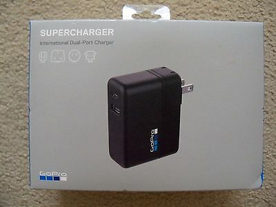 GoPro Supercharger - International Dual-Port Charger - GoPro Official Accessory