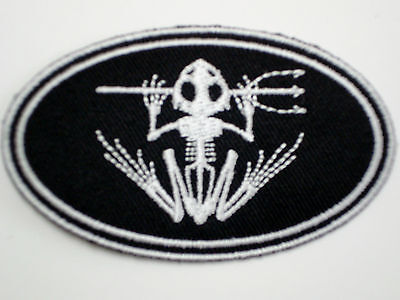 "1 pc SEAL TEAM ""SKELETON FROG W/TRIDENT"" OVAL Emb patch iron/sew-on"