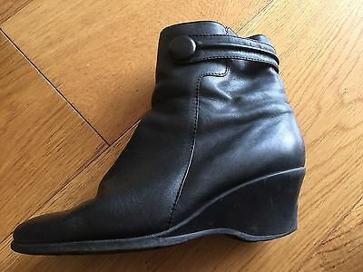 Ziera Size 41 / 10 Black Leather Ankle Boots Wedge Heel