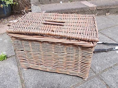 Vintage Wicker Fishing Creel Basket With Leather Strap