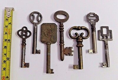 Collection set job lot of Ornate Old Antique Vintage Wardrobe Keys Key Steampunk
