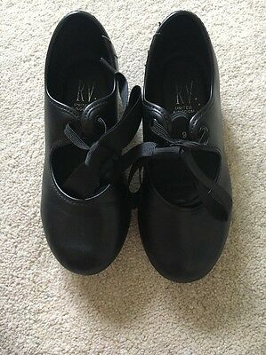 Roch Valley Pre Owned Tap Shoes Size 9 1/2