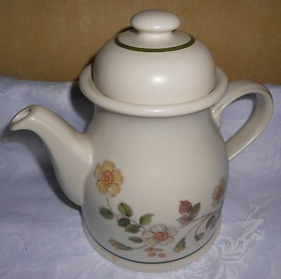 Marks & Spencer Autumn Leaves 3 pint LARGE TEA or COFFEE POT