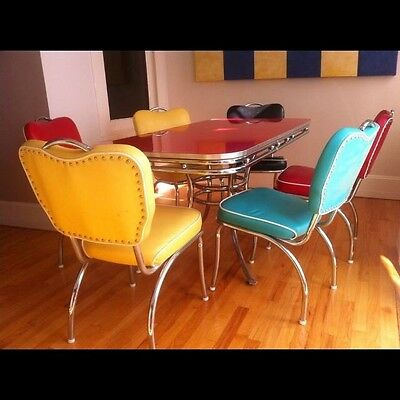 Retro Table And Chairs 50's 60's Style Soda Shop Diner Sock Hop Vintage Dining