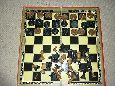 House Martin Chess Draughts & Backgammon Board with Wooden Draughts Chess Pieces