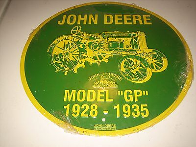 "John Deere Round Metal Sign Tractor Green Yellow model GP 1925-1935- 12"" -New"