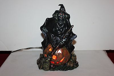Vintage  Byron Molds Ceramic Witch w/Pumpkin / Blk Cat Light Halloween Lamp