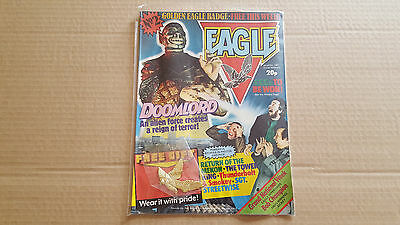 EAGLE No 2  COMIC WITH FREE GIFT -  BADGE