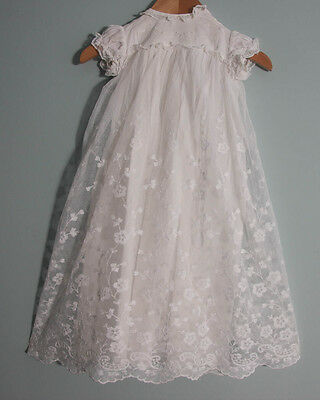 "VINTAGE BABY DOLL LACE CHRISTENING GOWN DRESS 18"" Chest (461)"