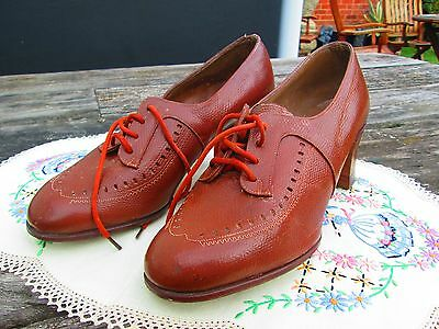 "Original True Vintage 40's Light Brown Leather Unworn ""Modern"" Shoes Size 4"