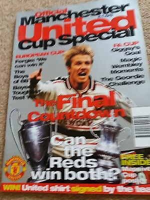 Football Magazine Manchester United Cup Special Includes Poster Rare