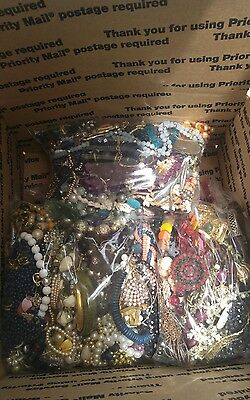 15.6 pounds of mixed costume jewelry
