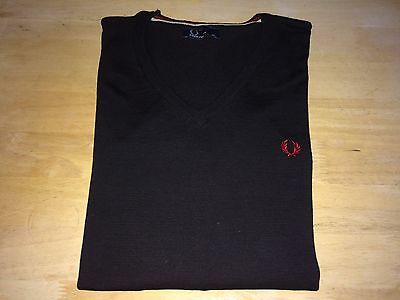 Fred Perry Mens Thin Knit V Neck Wool Jumper Size Extra Large Black Red MOD