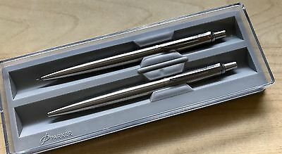 Brand New Gorgeous Parker Pen And Pencil Gift Set