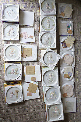 Precious Moments Lot of 12 Collector's plates 1983-1997 Joy of Christmas, Blessi