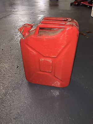 20 Litre Metal Jerry Fuel Can - Red