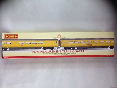 Hornby R4457 Coach Pack New Measurement Train Coaches Boxed & Tissue Wrapped.