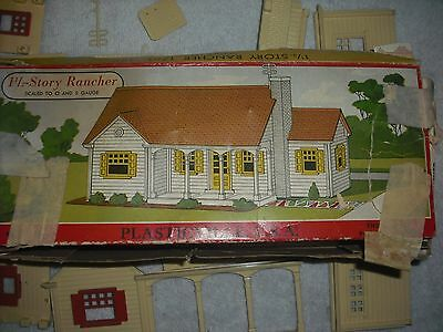 Plasticville 1-1/2 story ranch house & colonial house - OB