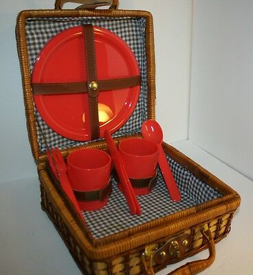 Vintage Wicker Picnic Basket with Checkered Liner w/Dishes for 2 missing 1 spoon