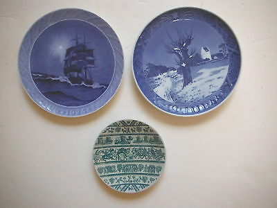 2 Rare Antique ROYAL COPENHAGEN Christmas Collector PLATES - 1924 1944 + Hoyrup