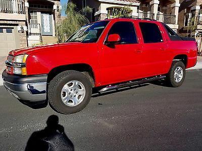 2005 Chevrolet Avalanche  2005 chevrolet avalanche 1500 z71 5.3l Red, grey leather, runs & looks new