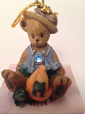 Berry Hill Bears March Birthstone Ornament Young Co # 31404 Christmas NIB Frog