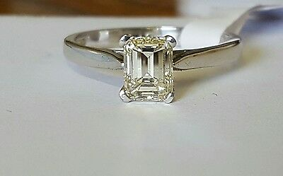 18ct gold solitaire diamond ring 1.01ct