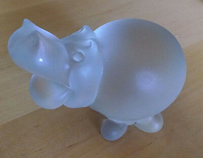 Vintage Frosted Crystal HIPPO Hippopotamus with a curly tail