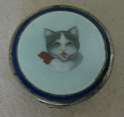 Beautiful antique enamel cat. Pill box. Made in Alpaca cover with enamel on lid.